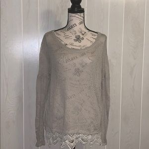📦 Moving Sale 📦 Staring At Stars knit top w/lace